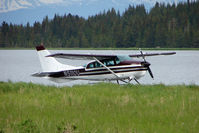 N5110U @ 5BL - 1964 Cessna 206, c/n: 2060110 on Homer Beluga Lake