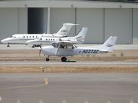 N2373Z @ SEE - Student pilot doing touch & go's - by Helicopterfriend