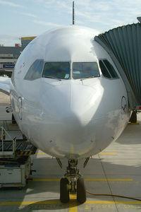 D-AIGC @ EDDF - Lufthansa Airbus A340-300