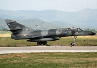 16 @ LFTH - Come back from demo flight during LFTH Open Day 2010... - by Shunn311