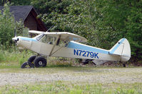 N7279K - 1950 Piper PA-18, c/n: 18-187 at the old gravel strip in the centre of Talkeetna town