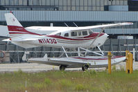 N1143Q @ LHD - 2005 Cessna T206H, c/n: T20608538 at Lake hood