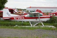 N735EA @ LHD - Cessna 185