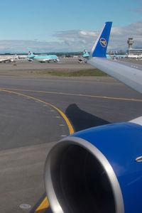 D-ABUB @ ANC - condor 767-300