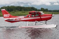 N626KT @ LHD - Rusts Cessna 206