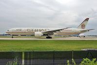 A6-ETA @ EGCC - Ethiad 2005 BOEING 777-300ER, c/n: 34597 at Manchester Uk