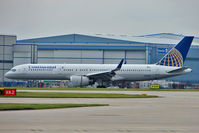 N19136 @ EGCC - Continental 1999 Boeing 757-224, c/n: 29285 lands at Manchester UK
