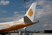 M-SBAH @ LOWW - Embraer 190 - by Dietmar Schreiber - VAP