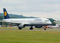 D-AIRP @ EGPH - Lufthansa - by Brian Donovan