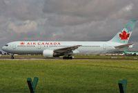 C-GHPH @ EIDW - Air Canada lining up r/w 28 - by Robert Kearney