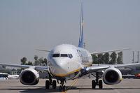 EI-DPT @ EPKK - Ryanair
