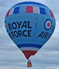 G-IOFR - 2005 Lindstrand Hot Air Balloons Ltd LBL 105A, c/n: 1041 Royal Air Force at 2010 Bristol Balloon Fiesta