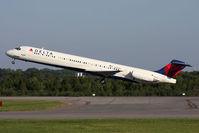 N994DL @ ORF - Delta Air Lines N994DL (FLT DAL1128) departing RWY 5 en route to Hartsfield-Jackson Atlanta Int'l (KATL). - by Dean Heald
