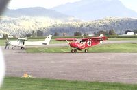 C-FNNG @ CYCW - Stopping for coffee - by SSteur