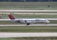 N800AY @ DTW - Pinnacle CRJ-200