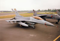 91-0373 @ EGVA - F-16C Falcon, callsign Trend 64,  of Shaw AFB's 20th Fighter Wing on the flight-line at the 1997 Intnl Air Tattoo at RAF Fairford. - by Peter Nicholson
