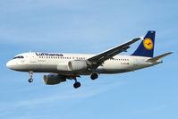 D-AIZH @ EGLL - 2010 Airbus A320-214, c/n: 4363 at Heathrow