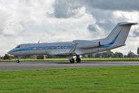 N123LV @ EGLL - Gulfstream Aerospace GIV-X (G450), c/n: 4181 at Luton Airport - by Terry Fletcher