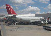 N662US @ DTW - Northwest 747-400