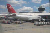 N669US @ DTW - Northwest 747-400