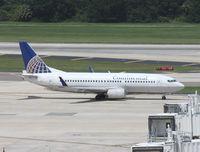 N59338 @ TPA - Continental 737-300