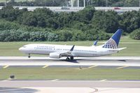 N77296 @ MCO - Continental 737-800 - by Florida Metal