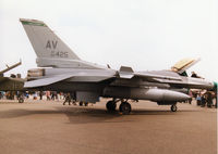 88-0425 @ MHZ - F-16C Falcon of 555th Fighter Squadron/31st Fighter Wing stationed at Aviano on display at the 1998 RAF Mildenhall Air Fete. - by Peter Nicholson