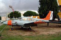 E19-3 @ LECU - Piper PA-23-250 Aztec E [27-4809] Cuatro Vientos~EC 21/09/2002 - by Ray Barber