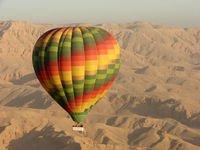 UNKNOWN - Egyptian Balloon over Luxor West Bank SU-287