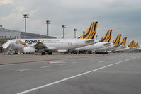 9V-TAP @ WSSS - Tiger Airways Airbus 320
