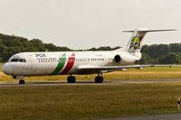 CS-TPB @ ELLX - taxying to the active
