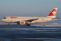 HB-IJJ @ LOWW - Swiss Airbus 320