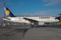 D-AILL @ LOWW - Lufthansa Airbus 319