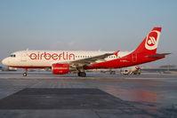 D-ABFA @ LOWW - Air Berlin Airbus 320
