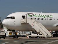 5R-MFJ @ LFPG - Air Madagascar au T1 - by Jean Goubet/FRENCHSKY