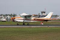 N4164C @ LAL - Cessna R182