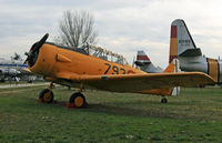 E16-90 @ LECU - One of three Texans on display at the Museo del Aire - by Daniel L. Berek
