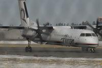 N429QX @ BIL - Horizon Air Dash 8 at BIL - by Daniel Ihde