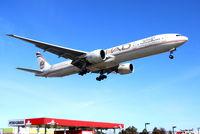 A6-ETA @ CYYZ - Etihad landing at RWY23. - by max650
