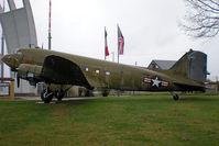 43-49081 @ EDDF - DC-3 - by Artur Bado?