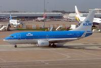 PH-BGL @ EGCC - KLM Boeing 737-7K2 c/n 30369 at Manchester
