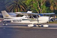 N826SP @ KORL - 2001 Cessna 172S, c/n: 172S8739