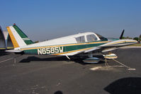 N6585W @ KORL - 1965 Piper PA-28-140, c/n: 28-20666