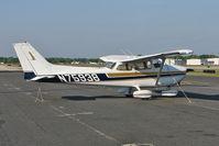 N75938 @ KORL - 1976 Cessna 172N, c/n: 17268055