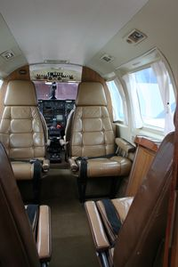 3B-FLY @ FMME - Pïper Chieftain 3B-FLY Executive Interior - by Pierre-Yves ESTRADE
