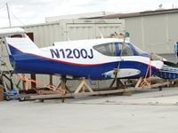 N1200J @ CNO - Appears to be waiting to be put back together, goog looking paint - by Helicopterfriend