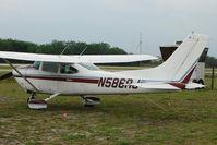 N586RJ @ PCM - 1981 Cessna 182R, c/n: 18267860