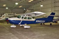 N9822V @ PCM - 1974 Cessna 172M, c/n: 17264515