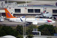 C-GRKB @ MCO - Sunwings 2004 Boeing 737-86Q/W, c/n: 30294
