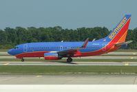 N790SW @ MCO - 2000 Boeing 737-7H4, c/n: 30604